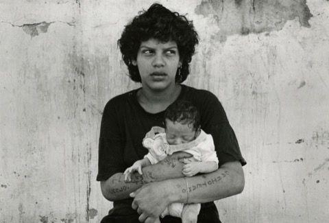 Sans titre, série Mujeres Presas, Cárcel N° 8 de Los Hornos, La Plata, Argentine, 1991-1993 © Adriana Lestido