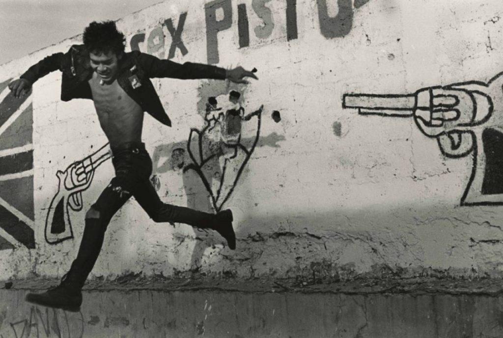 Volando bajo, Mexico, 1989